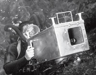Bruce Mozert underwater housingSilverSpring_may08_1