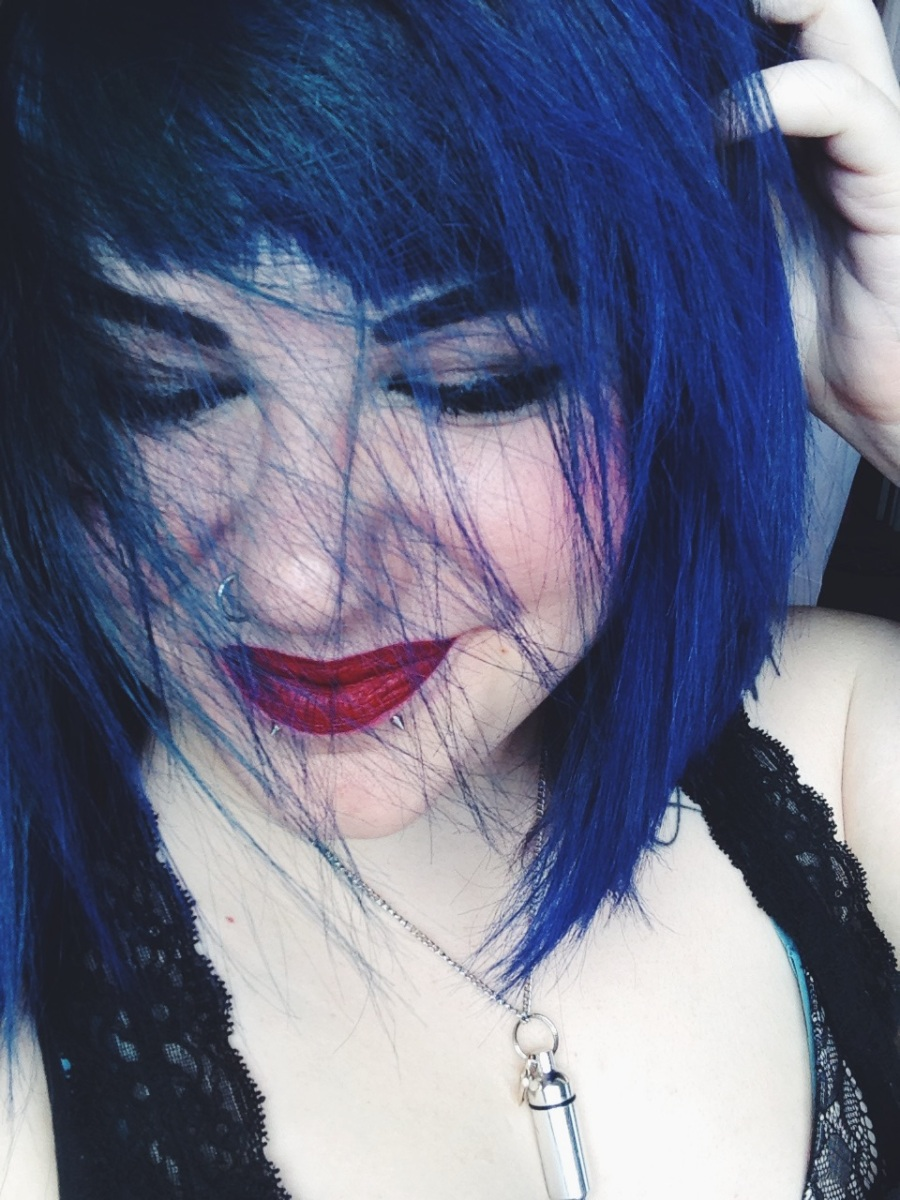 i�m blue � color oops prism lites amp blue hair dye review