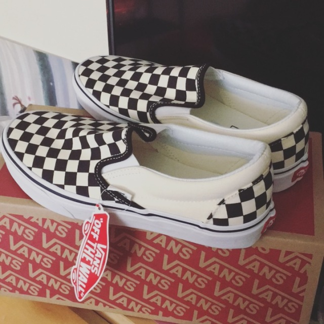 4b6a15958b I started with the classic checkered slip-on Vans (because I could win an  award for laziness when it comes to my wardrobe and HOW CONVENIENT ARE  THESE SHOES ...